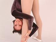 Ballerina Alina flexi posing for u