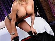 Busty shemale Quinn offers her ass