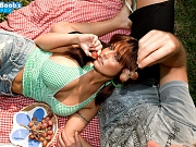 Sarah Sunshine fucking on a picnic in pov style
