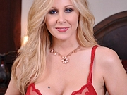 Julia Ann loves to have large hard cock to suck on