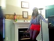 Dance wit those big ol titties