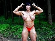 Jana Oiled