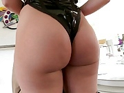 Ravishing Big Booty Blonde Fucks Huge Cock