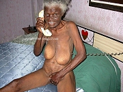 Old amateur grandmas with sagging tits posing naked at home