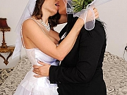 Clanddi Jinkcego bride is bound and dominated by busty lezdom