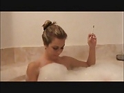 Sexy Smoking VS 120s in the Tub