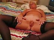 GILF Pussy Play