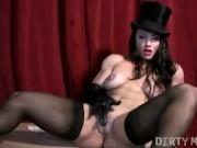 Sexy Muscular Brandimae Pussy Clit Play
