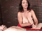 Cum controlling masseuse jerking customer