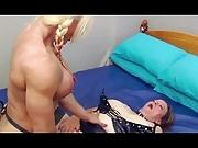 Muscle Lesbian Strap on