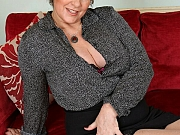 Gilly Sampson bigboobs mom in stockings strips on sofa